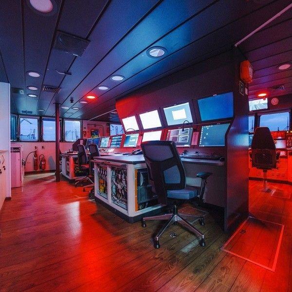 b870-statek-naukowo-badawczy-dla-uniwersytetu